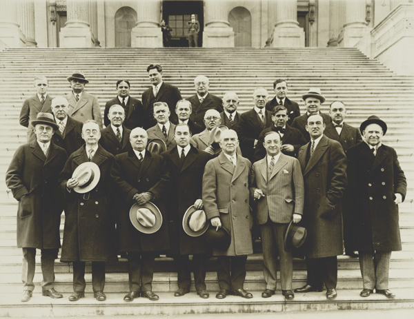 """A group portrait of members of the """"wet"""" bloc in Congress, ca. 1921–1927"""