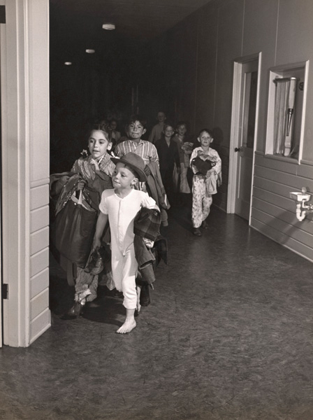 Children at a daycare center at the Henry Kaiser Portland Shipyard, 1944