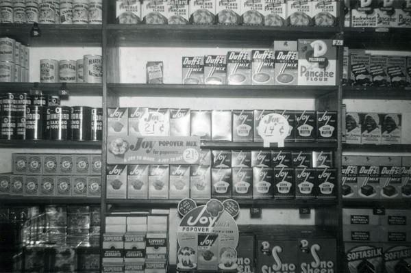 Joy Popover Mix display, Jacksonville, Florida, December 22, 1945