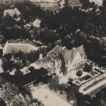 Haus Cramer: aerial image of house and grounds