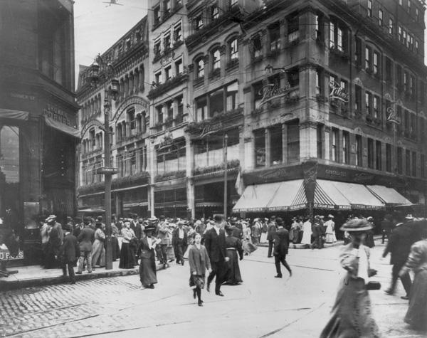 Filene's Department Store, Boston, MA, 1908-09