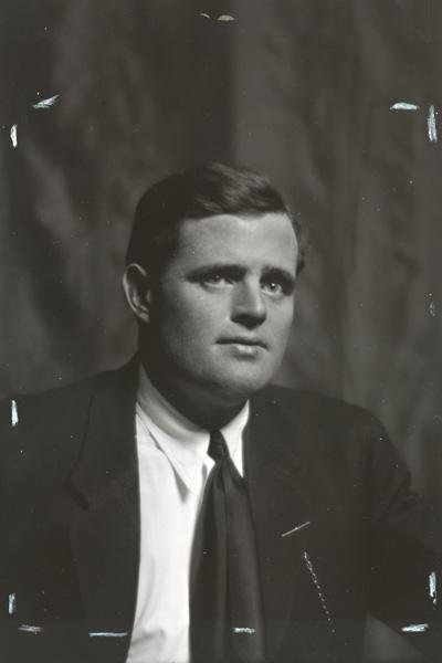 Jack London, portrait photograph, ca. 1906-1916