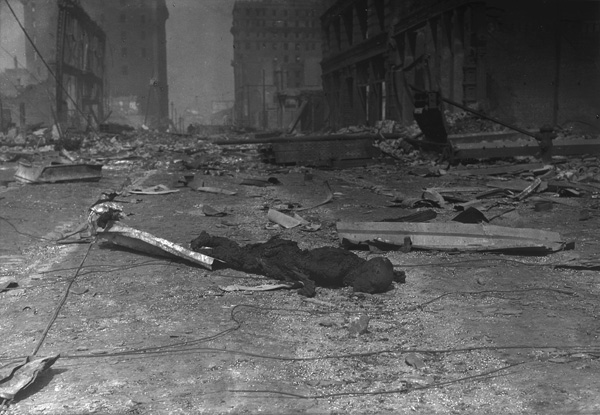 Charred corpse of a victim of the 1906 San Francisco earthquake and fire, April 1906