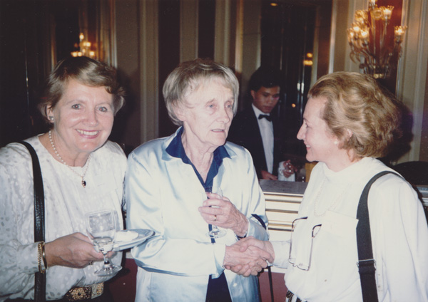 Marianne Carus, Astrid Lindgren, and Loty Petrovits at the IBBY conference in Oslo, Norway, September 1988