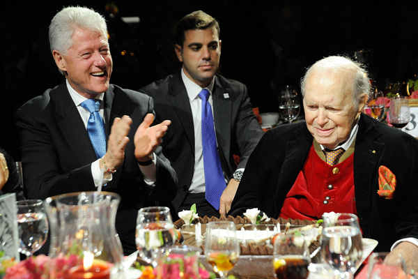 Former president Bill Clinton and philanthropist and event honoree, John Kluge, attend the Exploring the Arts Gala at Cipriani, Wall Street on September 21, 2009 in New York City