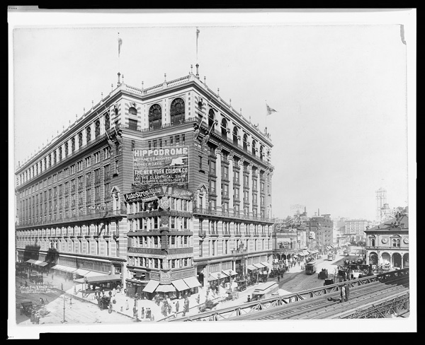 R.H. Macy & Company Herald Square Store, 1907
