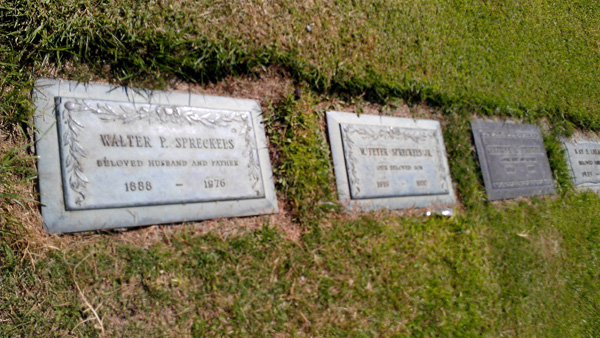 Graves of Walter P. Spreckels, his son, and his wife