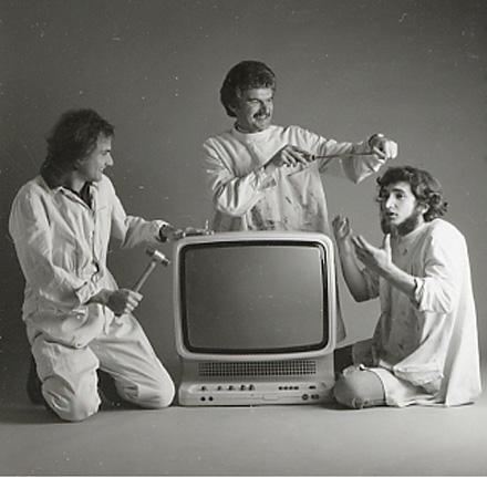 Esslinger (center) with design team (and Wega 3050 color TV) during the Wega years