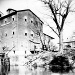 Guenther mill and home in 1909