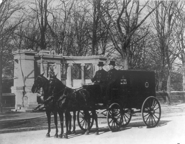 Pabst Brewing Company horse-drawn delivery wagon in New York City around 1900