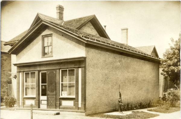The Schurz kindergarten building at its original location, 1956
