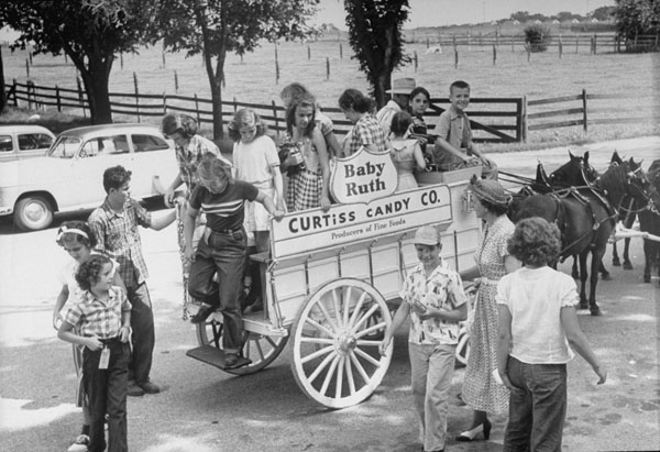 Curtiss Candy Train, 1951
