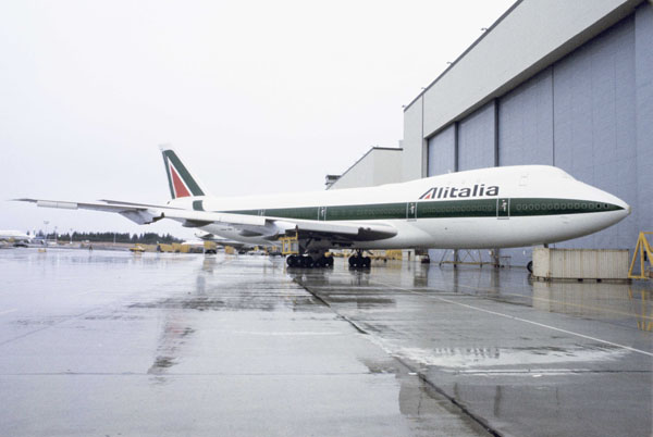 Alitalia Airlines Corporate Redesign by Landor & Associates