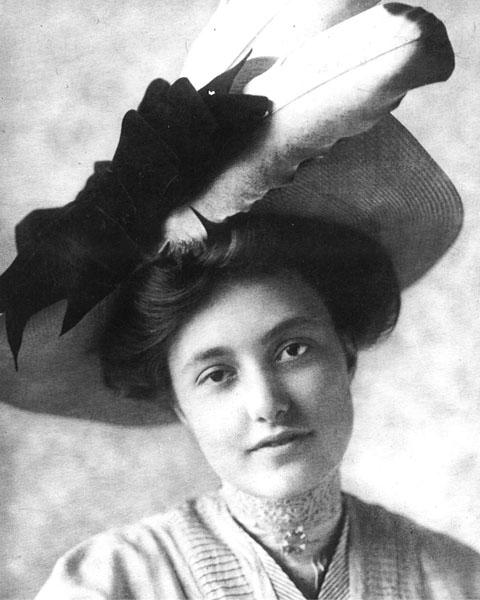 Caroline (Carrie) Sperry, c. 1907