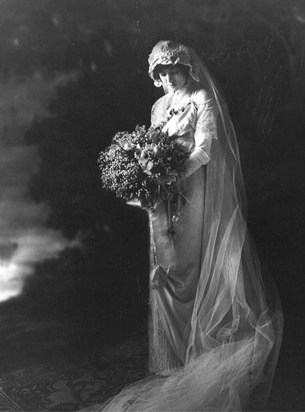 Caroline Sperry Beinecke on her wedding day, 1912