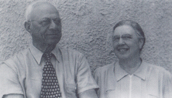 Henry and Cora Oppenheimer during a vacation to Atlantic City in the early 1940s.