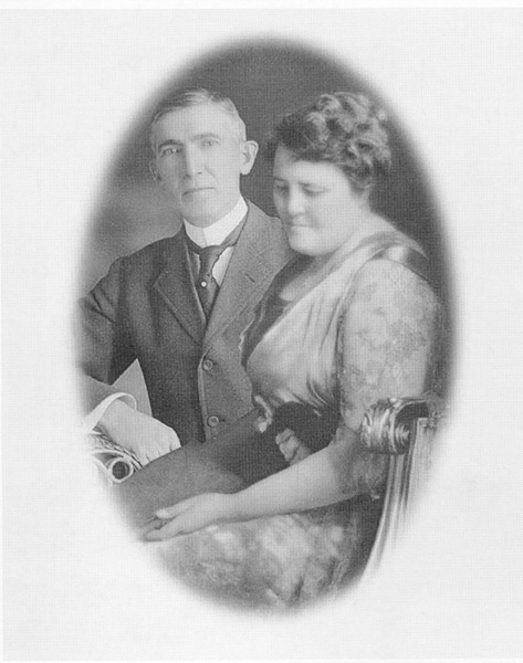 George A. and Lillian Hormel, ca. 1917