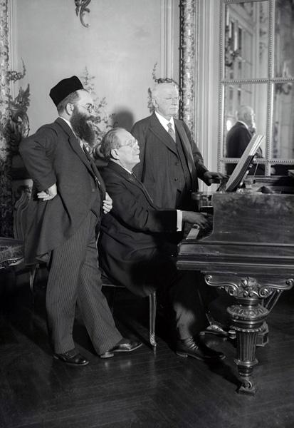 Cantor Josef Rosenblatt, Josef Engels, and Adolf Lewisohn, May 6, 1926