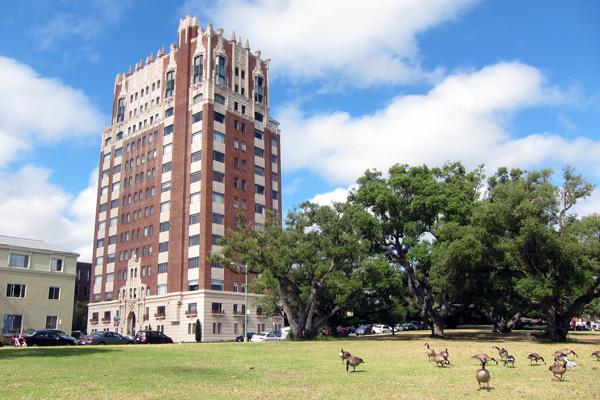 The Oakland, California apartment building where Henry J. Kaiser lived