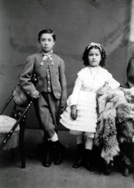 Henry Alfred Miller Jr. and his sister Nellie, ca. 1872